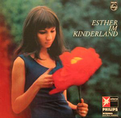 Esther Im Kinderland